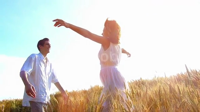 young-happy-woman-run-into-the-arms-of-her-boyfriend-love-in-the-wheat-field-at-sunsetflare-light-slow-motion-high-speed-camera-flare-light_q15ugmry__PM13-10-47