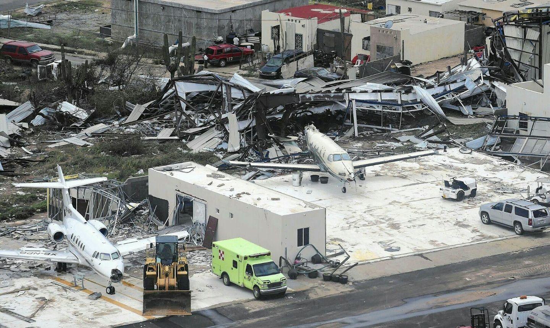 Resultado de imagen para hurricane Irma Princess Juliana Airports