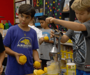 An image of students making lemonade at Arroyo Elementary School in Tustin