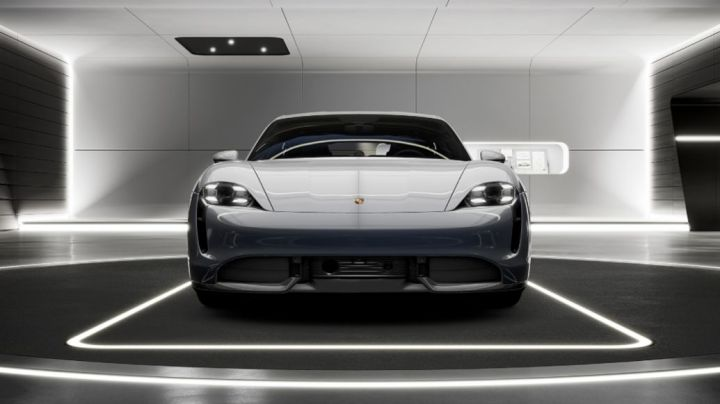 Taycan VR Experience, 2020, Porsche AG