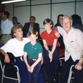 Герцог вспомнил о посещении приюта для бездомных с мамой