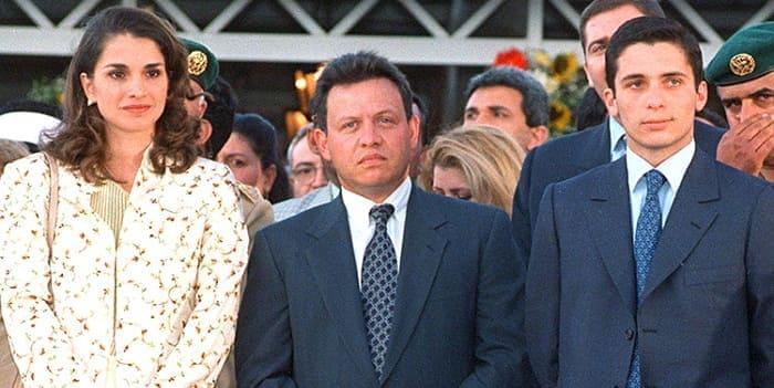 Photo of Наконец-то мальчик: брат короля Иордании стал отцом в шестой раз
