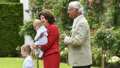 Photo of Королю и королеве Швеции запрещено встречаться с внуками