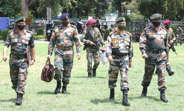 2 - Army Chief visits Forward Areas, reinstates Zero Tolerance towards Pakistan