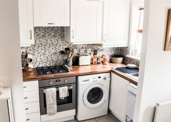 How Do You Decorate A Small Kitchen On A Budget?