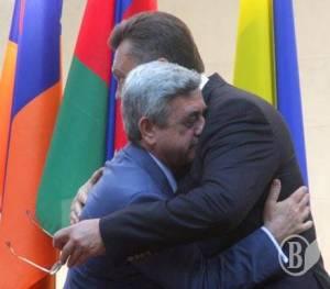 ВИДЕО: Саргсян двинулся путем Януковича