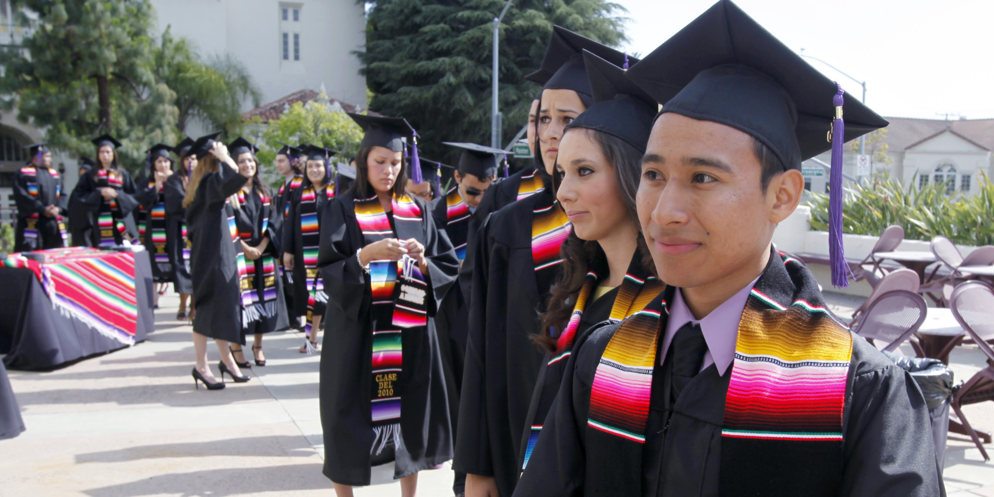 Many Latino College Students are Homeless Hungry  News Taco