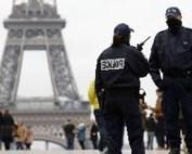 Proteste de amploare în Franța. Peste 200.000 de oameni în fața Palatului Elyse. Polițiștii au intervenit cu gaze lacrimogene
