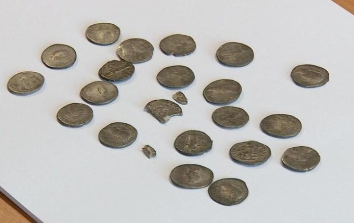 149 de obiecte arheologice, confiscate de Poliție de la un bărbat din Dolj