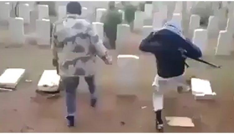Τουρκομάνοι καταστρέφουν χριστιανικούς τάφους στο Αφρίν – Nτροπή στη Δύση που κάνει τα στραβά μάτια  Share