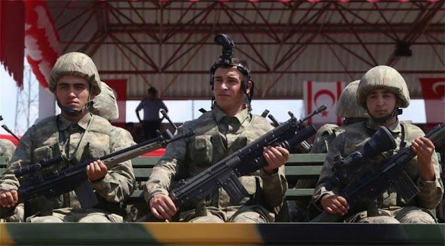 Εισβολή στην Κύπρο: Προκλητικό πάρτι με τανκς, αεροσκάφη και πολεμικά πλοία έστησαν οι Τούρκοι στα Κατεχόμενα