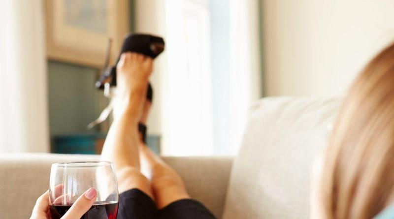 Why liquor and wine make people feel different emotions 6