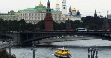 Carter Page met with Russian government officials: report 1