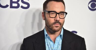 Jeremy Piven accuser claims Kevin Dillon saw harassment on set 2