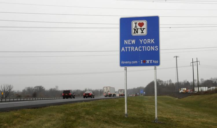 N.Y. State to replace 'I Love NY' road signs to dodge $14M fine 1