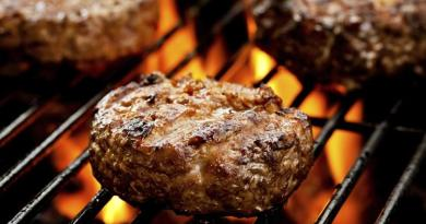 How you cook your meat could raise risk of high blood pressure 4
