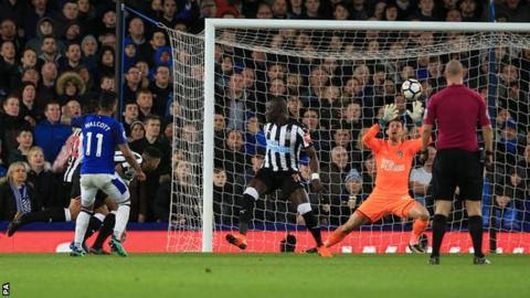 Allardyce defends Everton style in win over Newcastle 9