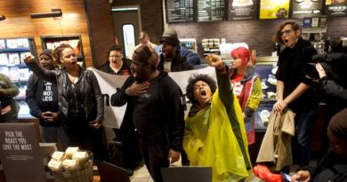 Philly Starbucks manager 'no longer' at store amid protests 3