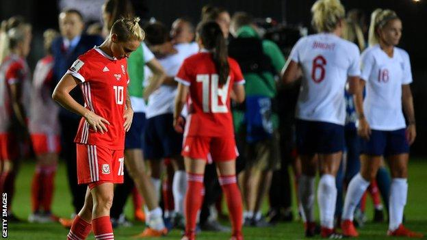 England beat Wales to reach 2019 Women's World Cup 12