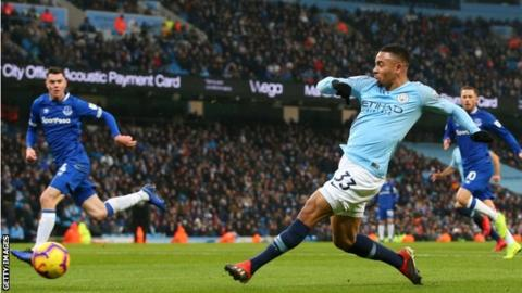 Manchester City 3-1 Everton: Gabriel Jesus & Raheem Sterling put hosts top of Premier League 6