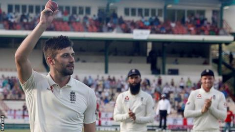 England in West Indies: Mark Wood takes 5-41 as tourists claim 142-run lead 9