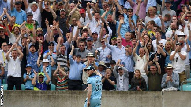 Cricket World Cup: Ben Stokes' 'full day out' lights up England victory over South Africa 14