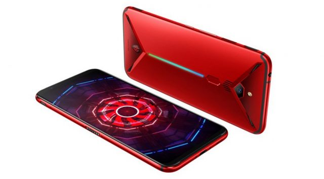 Nubia Just Stuffed the First Active Fan Inside a Smartphone 8