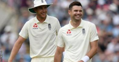 England: James Anderson & Stuart Broad should not play together now - Michael Vaughan 2