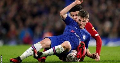 Chelsea 2-0 Liverpool: Reds suffer second successive defeat 10