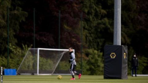 Project Restart: Premier League plan surprise inspections during training 3