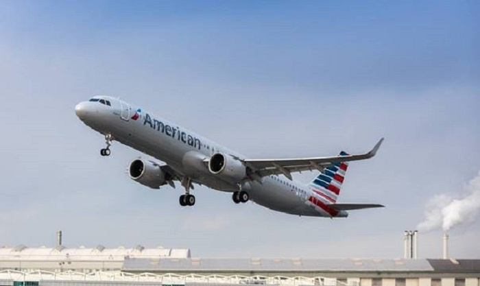 American Airlines falls to $2.2b loss in first quarter 21