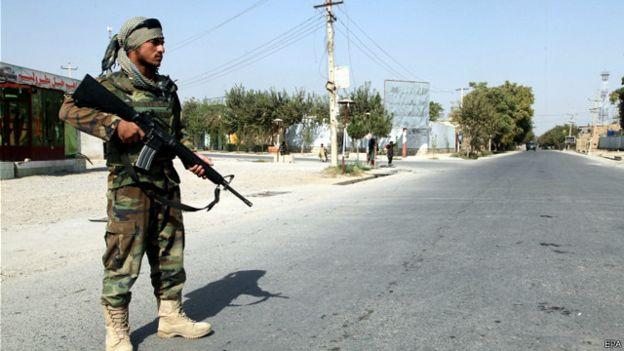 'अगामी वर्ष अफगानिस्तानमा हालकै संख्यामा अमेरिकी सैन्य'