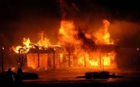 सितापुरमा आगलागी हुँदा ६ घर नष्ट