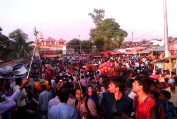 कंकालिनी मन्दिरमा हज्जारौं भक्तजनको भींड