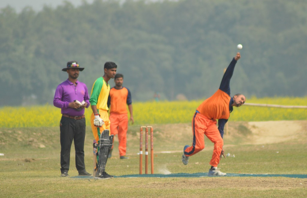क्रिकेट प्रतियोगिताको दोश्रो दिन कोईलाडी र मन्सापुर विजयी