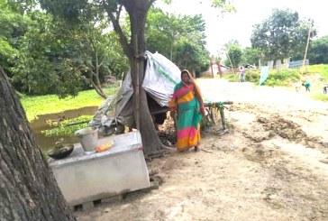 दश बर्षदेखि सदा परिवारको झुपडीमा बास, दलित भएको कारण घर निर्माणमा अबरोध