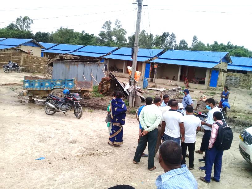 शम्भुनाथ नगरपालिकामा सामुदायिक आवास निर्माण परियोजनाको अनुगमन