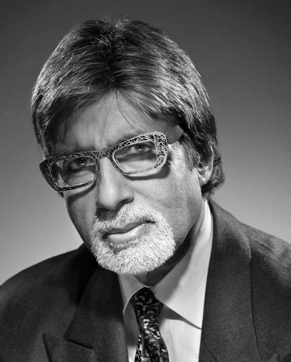 PORTRAIT OF AMITABH BACHAN BY STUDIO HARCOURT, FAMOUS INDIAN ACTOR OF BOLLYWOOD FILMS IN INDIA