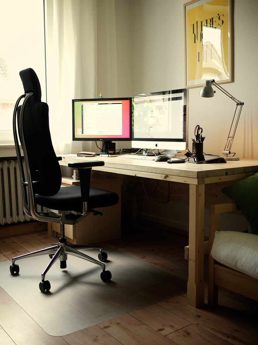 Clean and minimalist home office