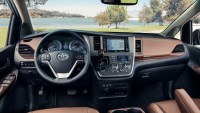2020 Toyota Sienna Images