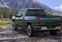 2022 Chevrolet Silverado HD Wallpaper