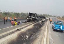 4 escape death as tanker overturns on Lagos-Ibadan Expressway