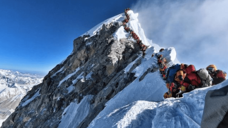 New Rules Could Determine Who Gets to Climb Everest