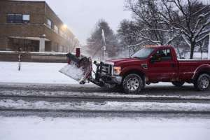 Snow pummels Midwest, storm barrels through California on Thanksgiving