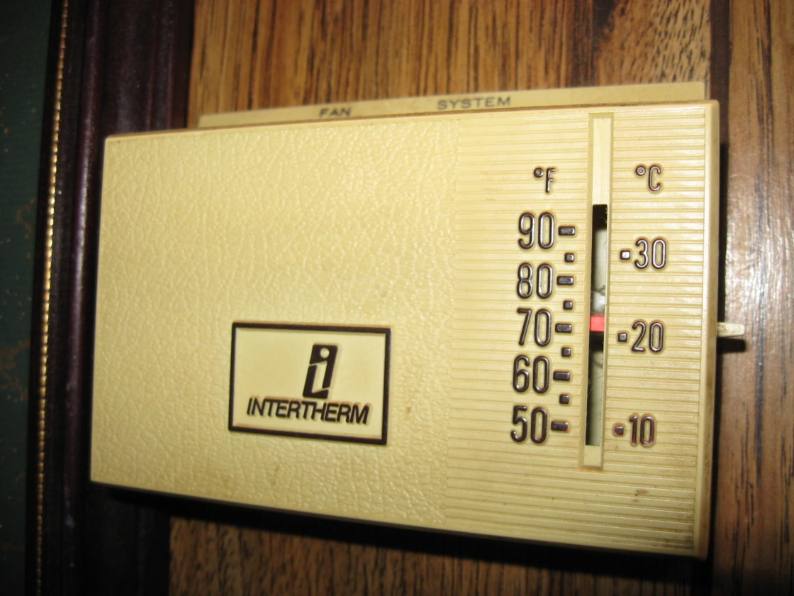 Dudes Tend to be Thermostat Dictators