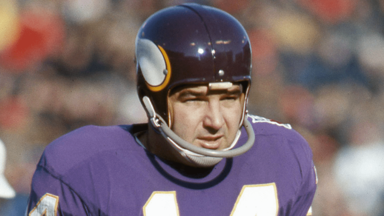 Fred Cox, former Vikings kicker and inventor of the Nerf football, dies at 80