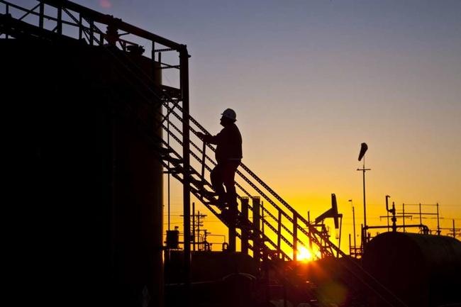 Gulf Coast Energy Workers Wake Up to Massive Layoffs