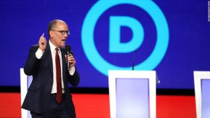 Tom Perez calls for a recanvass of Iowa Caucus results and other updates