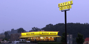 Waffle House closes hundreds of restaurants during pandemic; people freaking out