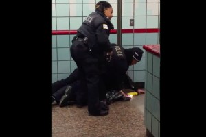 Disturbing Video of Police Shooting Unarmed Man in Subway Tube Raises Questions